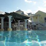Shores bar poolside