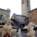 Piazza Vecchia La torre Campanaria