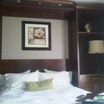 Room 401 - WallBed , Amazing Dinning Room, Meets