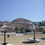 """Yialos Beach à 150 mètres de la """"Villa Mata"""""""