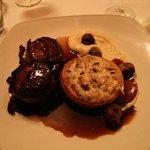Venison medallions & mushroom tartlet