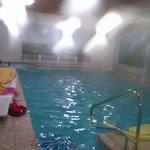 piscina con angolo idromassaggio