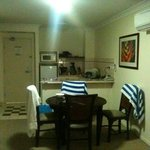 One bedroom apt- kitchen/dining