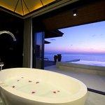 Sunset Water Suite Bathroom (57780399)