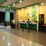 Go Hotels Tacloban Front Desk/Lobby
