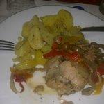 polletto con patate e verdure
