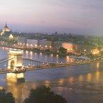 Budapest di sera, magica!