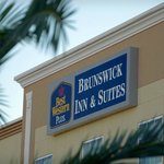 ‪BEST WESTERN PLUS Brunswick Inn & Suites‬