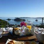 Breakfast @Allegra House
