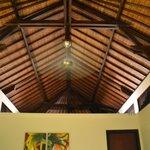 سقف خشبي مميز