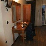 Room 726