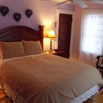 Lilac & Lace room,  queen size room