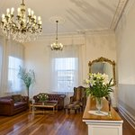 Sitting room and chandeliers