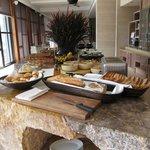 breakfast at the club regency