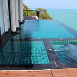 Sanctuary Villa Plunge Pool and Jacuzzi