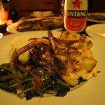 料理も選択肢がないなりに楽しめました(^^)ロンボクスタイルの味付けが美味しかった。