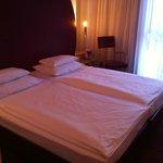 Hotelzimmer mit 2 Einzelbetten
