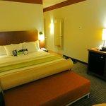 Foto de La Quinta Inn & Suites Dallas Love Field