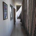 Corridor au 2ième étage au 4 février 2013.