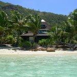 Una parte del resort visto dal mare