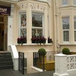 Royal London Hotel  47 Shepherds Bush Road, London W6 7LU