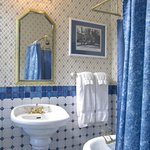 clawfoot tub with shower in the Fergusson Room