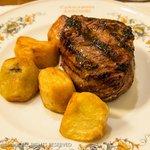 Controfilletto di Bue Toscano alla Griglia con Patate Arrost