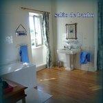Salle de bain d'une propreté digne d'un 5 étoiles