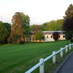 View on the hotel (stables) from the park  - Novotel Château de Maffliers - May 11, 2012