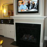 Gas fireplace and LCD.