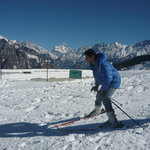 Skiing courses organised from Devi Darshan Lodge in Auli