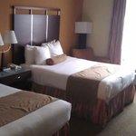 zwei Queenbett-Zimmer