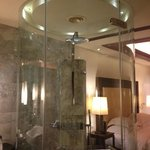 rain shower deluxe spa room