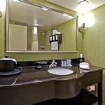Bath at Hampton Inn