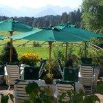 Frühstücks- und Mittagsterrasse Hotel Sonnenalp