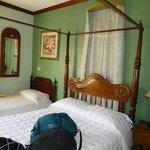 """""""Parakeet"""" Room at D'Nest Inn"""