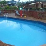 Riverside-Swimming pool