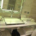 lavabo e set di cortesia