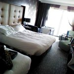 very spacious room x