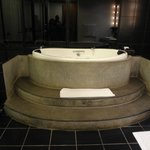 Jacuzzi in the Luxury Suite