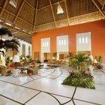 Lobby Grand Velas