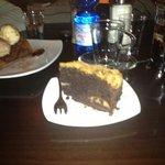 torta pere e cioccolato con granella di amaretti