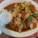 Delicious cashew chicken at the Thai House
