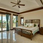 Spacious Master Bedroom in Grand Caribe Mansion
