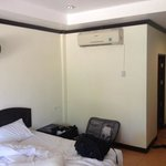 bed with aircon