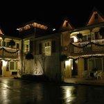 Silverton Inns & Suites