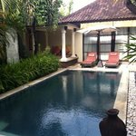 pool to two bedroom villa