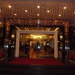 Metropark Hotel Entrance Lobby