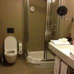 very well stocked bathroom