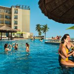Acqua Beach Park Resort